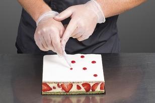 Réaliser des points de coulis de fraise