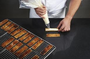 Dresser la crème mascarpone vanille