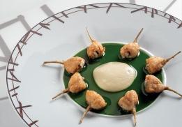 Jambonnettes de Grenouilles à la purée d'ail et au jus de persil