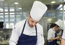 Sylvain Montmasson, nouveau chef pâtissier de Régis & Jacques Marcon