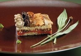 Gâteau de céréales aux champignons par Régis Marcon