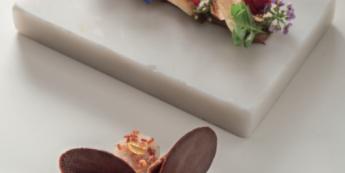 CHOCOLAT FUMÉ, PIMENT D'ESPELETTE, NAVET, BACON